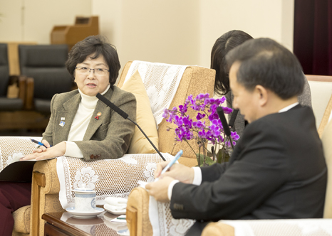 Minister meets with Chinese Environmental Protection Minister(3)